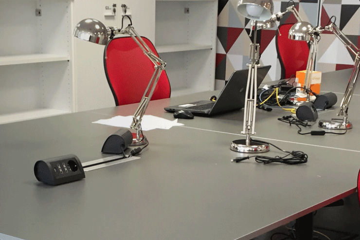 Desk al Coworking Milano Bicocca